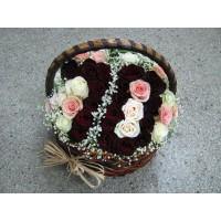 Кошница с рози № 522