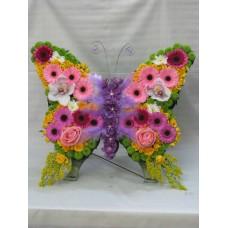 """Композиция с цветя """"Пеперуда"""" № 500"""