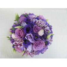 Букет в нежно лилава гама, с рози, еустома, алстромерия и статица